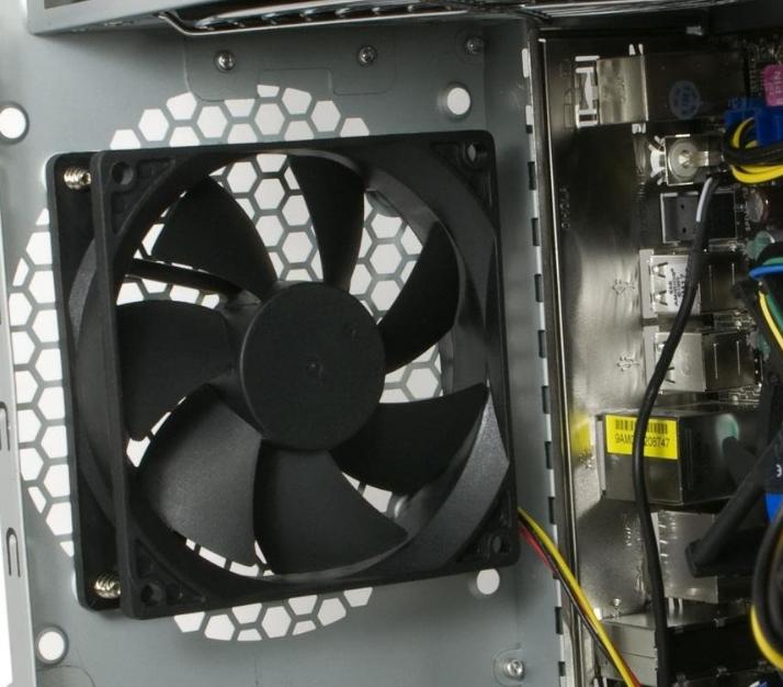 Как сделать вентилятор в компьютере