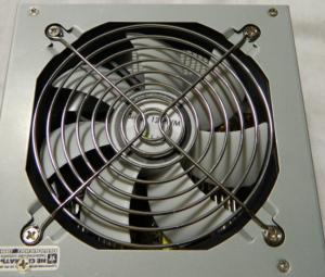 Вентилятор на блоке питания