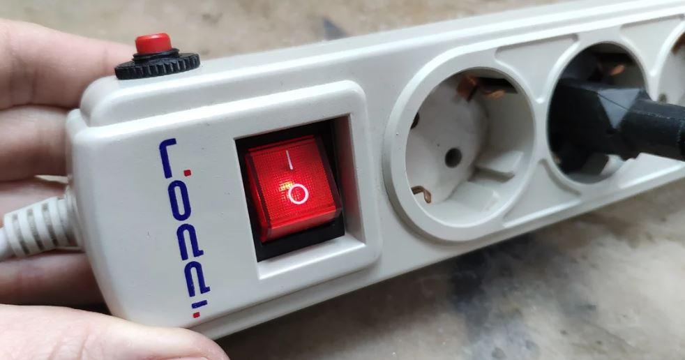 чем грозит севшая батарейка на материнской плате компьютера?